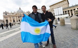 18 ways to instantly recognize an Argentine traveler