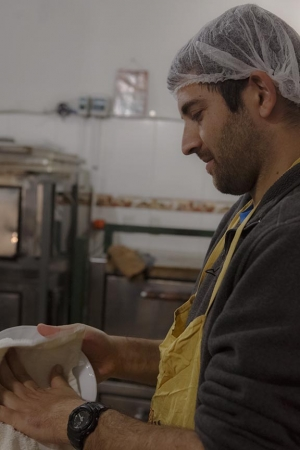 Meet Lahav, our volunteer at the soup kitchen!