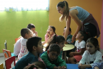 Lara, volunteer at the kindergarten